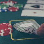 ポーカープレイヤーとしてプロになる方法 プロとして活躍している日本人プレイヤーも!