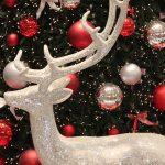 クリスマスツリーをオシャレにする飾り10選 人気オススメなオーナメント飾り付けのポイントやテクニック