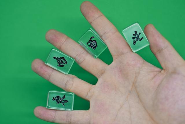 麻雀牌透明
